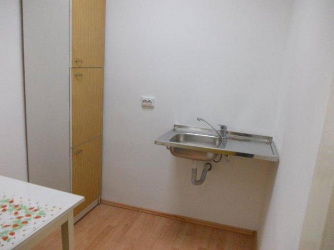 vanzare apartament decomandat, zona Ultracentral, orasul Arad, suprafata utila 85 mp