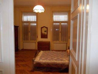 vanzare apartament decomandat, zona Ultracentral, orasul Arad, suprafata utila 150 mp