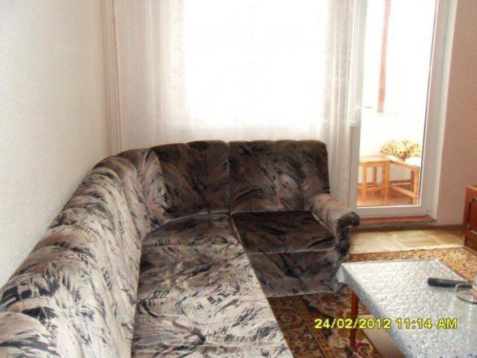inchiriere apartament cu 3 camere, decomandat, in zona Aradul Nou, orasul Arad