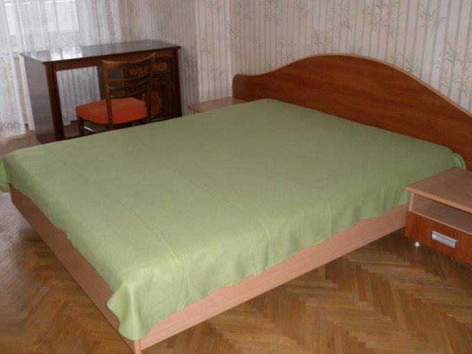 inchiriere apartament semidecomandat, zona Malul Muresului, orasul Arad, suprafata utila 100 mp