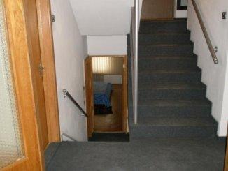 inchiriere apartament cu 3 camere, semidecomandat, in zona Malul Muresului, orasul Arad