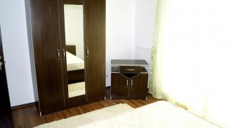vanzare apartament decomandat, zona Subcetate, orasul Arad, suprafata utila 90 mp