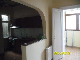 vanzare apartament semidecomandat, zona Andrei Saguna, orasul Arad, suprafata utila 107 mp