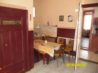 vanzare apartament semidecomandat, zona Parneava, orasul Arad, suprafata utila 85 mp