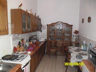 Apartament cu 3 camere de vanzare, confort Lux, zona Piata Mica,  Arad
