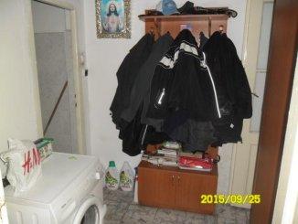 Arad, zona Piata Mica, apartament cu 3 camere de vanzare