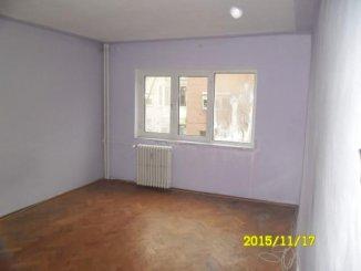 vanzare apartament decomandat, zona Alfa, orasul Arad, suprafata utila 90 mp