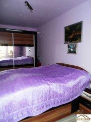 Apartament cu 3 camere de vanzare, confort Lux, zona Micalaca,  Arad