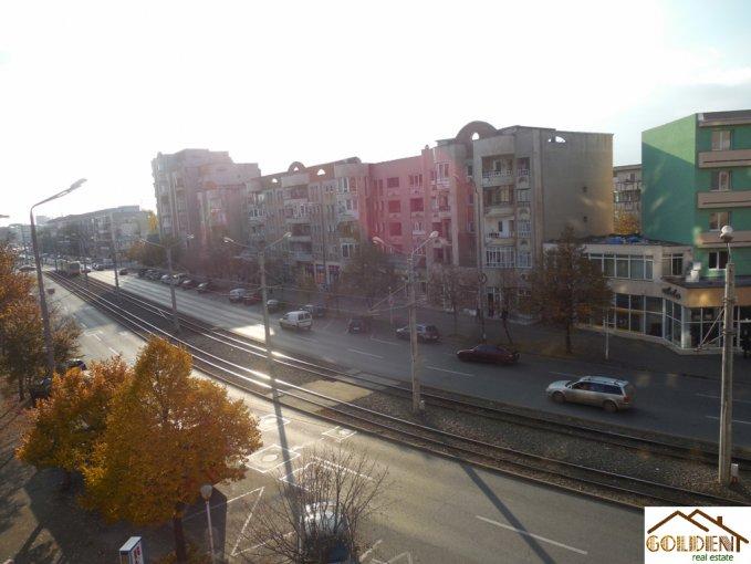 vanzare apartament decomandat, zona Podgoria, orasul Arad, suprafata utila 80 mp