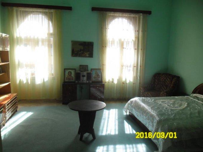 Apartament cu 3 camere de vanzare, confort Lux, zona Ultracentral,  Arad