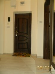 vanzare apartament decomandat, zona Aurel Vlaicu, orasul Arad, suprafata utila 76 mp