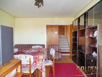 Arad, zona Polivalenta, apartament cu 3 camere de vanzare