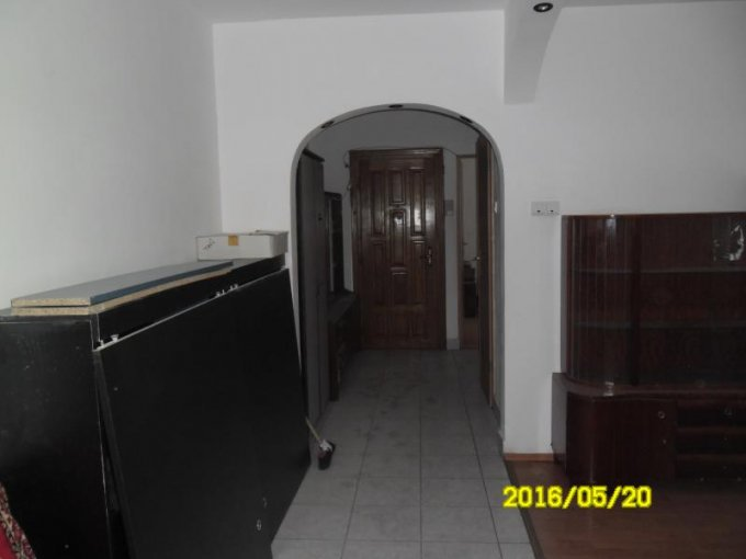 vanzare apartament decomandat, zona Alfa, orasul Arad, suprafata utila 88 mp