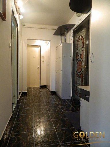 agentie imobiliara inchiriez apartament semidecomandat, in zona Micalaca, orasul Arad