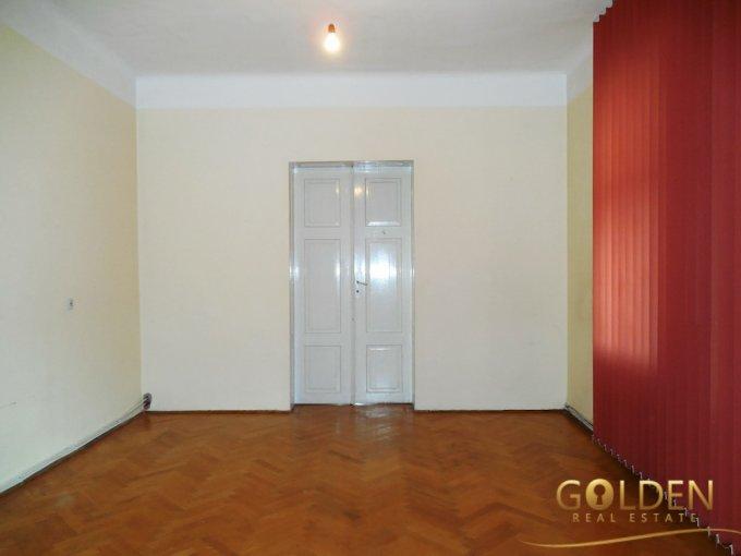 vanzare apartament semidecomandat, zona Ultracentral, orasul Arad, suprafata utila 146 mp