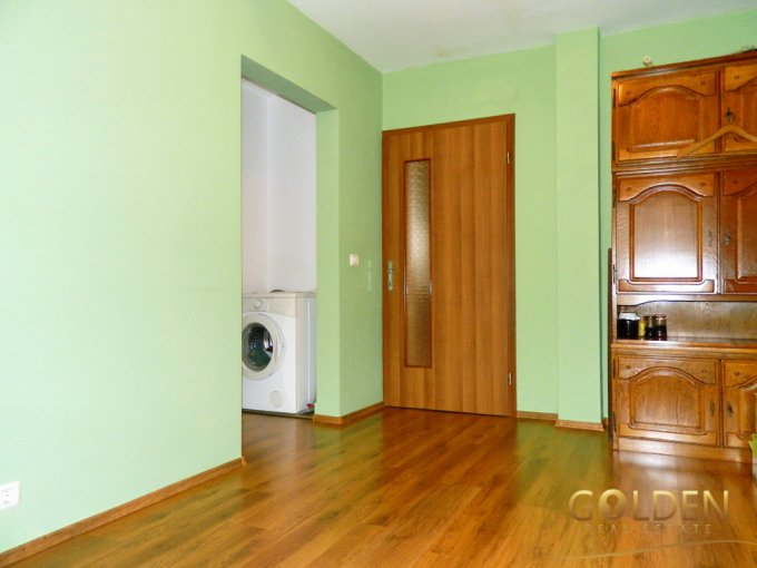 Apartament cu 3 camere de vanzare, confort Lux, zona Intim,  Arad
