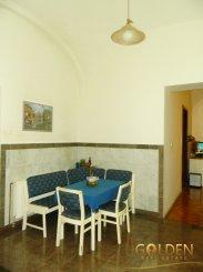 vanzare apartament semidecomandat, zona Ultracentral, orasul Arad, suprafata utila 120 mp