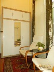 agentie imobiliara vand apartament semidecomandat, in zona Ultracentral, orasul Arad