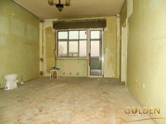 vanzare apartament decomandat, zona Intim, orasul Arad, suprafata utila 85 mp