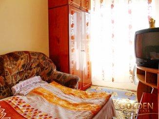 vanzare apartament cu 4 camere, semidecomandat, in zona Vlaicu, orasul Arad