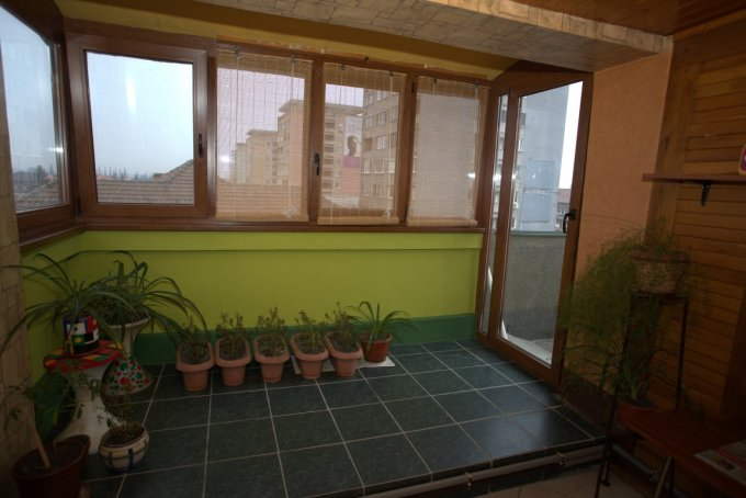 Arad, zona Ultracentral, apartament cu 4 camere de vanzare