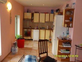 vanzare apartament decomandat, zona Ultracentral, orasul Arad, suprafata utila 300 mp