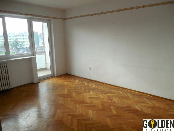 vanzare apartament cu 4 camere, decomandat, in zona Gara, orasul Arad