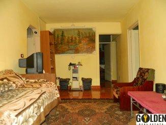 vanzare apartament cu 4 camere, decomandat, in zona Alfa, orasul Arad