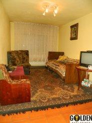 Apartament cu 4 camere de vanzare, confort Lux, zona Alfa,  Arad