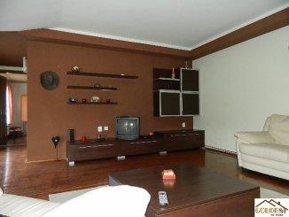 Apartament cu 4 camere de inchiriat, confort Lux, zona Centru,  Arad