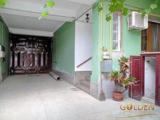 vanzare apartament cu 4 camere, decomandat, in zona Aradul Nou, orasul Arad