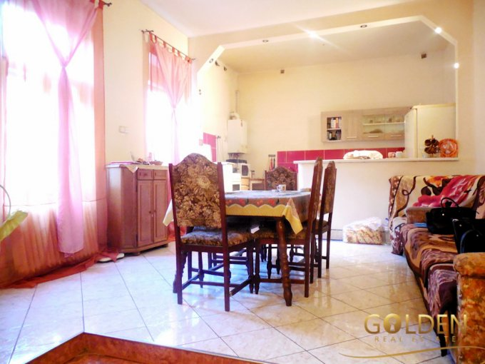 agentie imobiliara inchiriez apartament semidecomandat, in zona Boul Rosu, orasul Arad