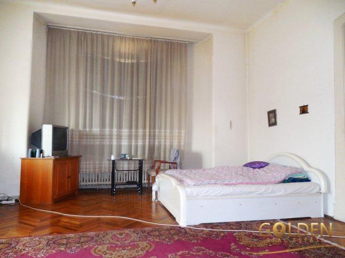 inchiriere apartament cu 4 camere, semidecomandat, in zona Boul Rosu, orasul Arad