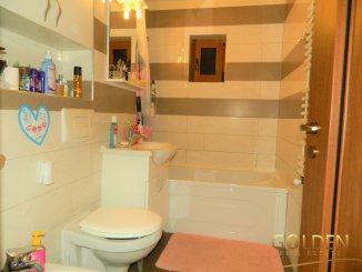 vanzare apartament decomandat, zona Micalaca, orasul Arad, suprafata utila 92 mp