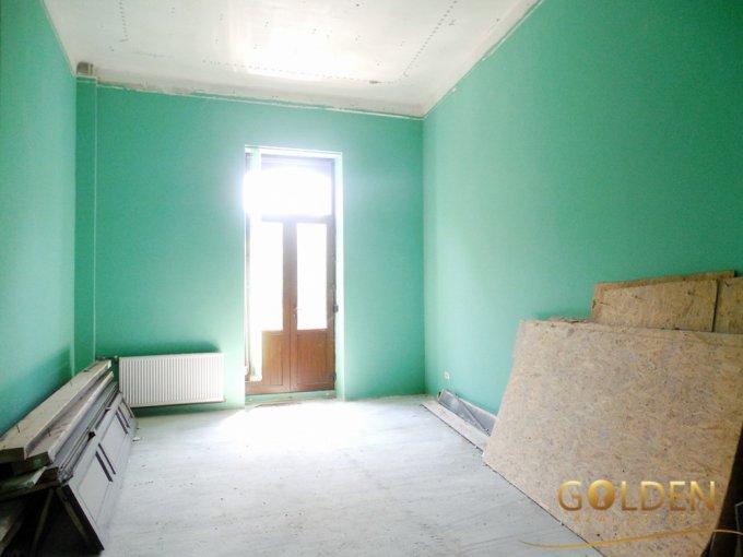 Apartament vanzare Centru cu 4 camere, etajul 1 / 2, 1 grup sanitar, cu suprafata de 162 mp. Arad, zona Centru.