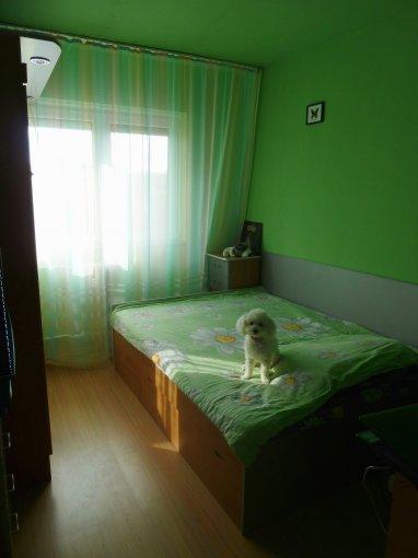 Arad, zona Miorita, apartament cu 5 camere de vanzare