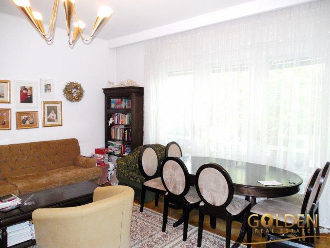agentie imobiliara vand apartament decomandat, in zona Ultracentral, orasul Arad
