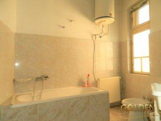 vanzare apartament cu 5 camere, semidecomandat, in zona Ultracentral, orasul Arad