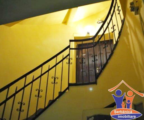 Duplex cu 6 camere de vanzare, confort Lux, zona Ultracentral,  Arad