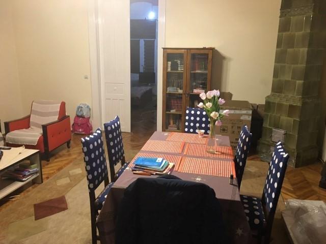 vanzare apartament cu 6 camere, semidecomandat, in zona Ultracentral, orasul Arad