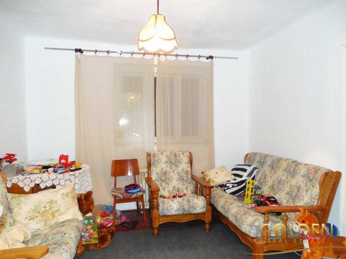 vanzare casa de la agentie imobiliara, cu 2 camere, in zona Aurel Vlaicu, orasul Arad
