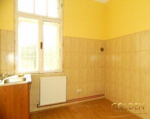 Arad, zona Parneava, casa cu 2 camere de vanzare de la agentie imobiliara