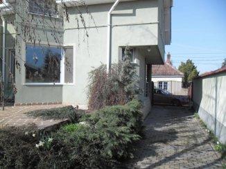 Casa de vanzare cu 3 camere, in zona Malul Muresului, Arad