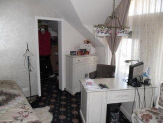 vanzare casa de la agentie imobiliara, cu 3 camere, in zona Malul Muresului, orasul Arad