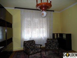 Arad, zona Aurel Vlaicu, casa cu 3 camere de vanzare de la agentie imobiliara