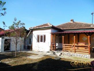 vanzare casa de la agentie imobiliara, cu 3 camere, in zona Bujac, orasul Arad
