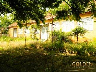agentie imobiliara vand Casa cu 3 camere, comuna Macea