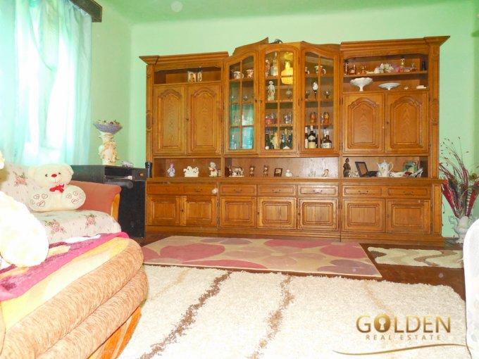 vanzare Casa Fantanele cu 3 camere, cu suprafata utila de 180 mp, 1 grup sanitar. 51.000 euro negociabil.. Casa vanzare Fantanele  Arad