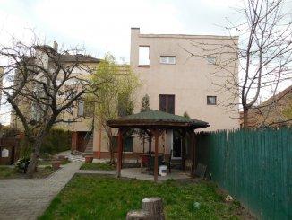 vanzare casa de la agentie imobiliara, cu 4 camere, in zona Centru, orasul Arad