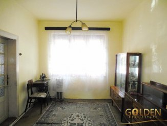 Casa de vanzare cu 4 camere, in zona Gradiste, Arad